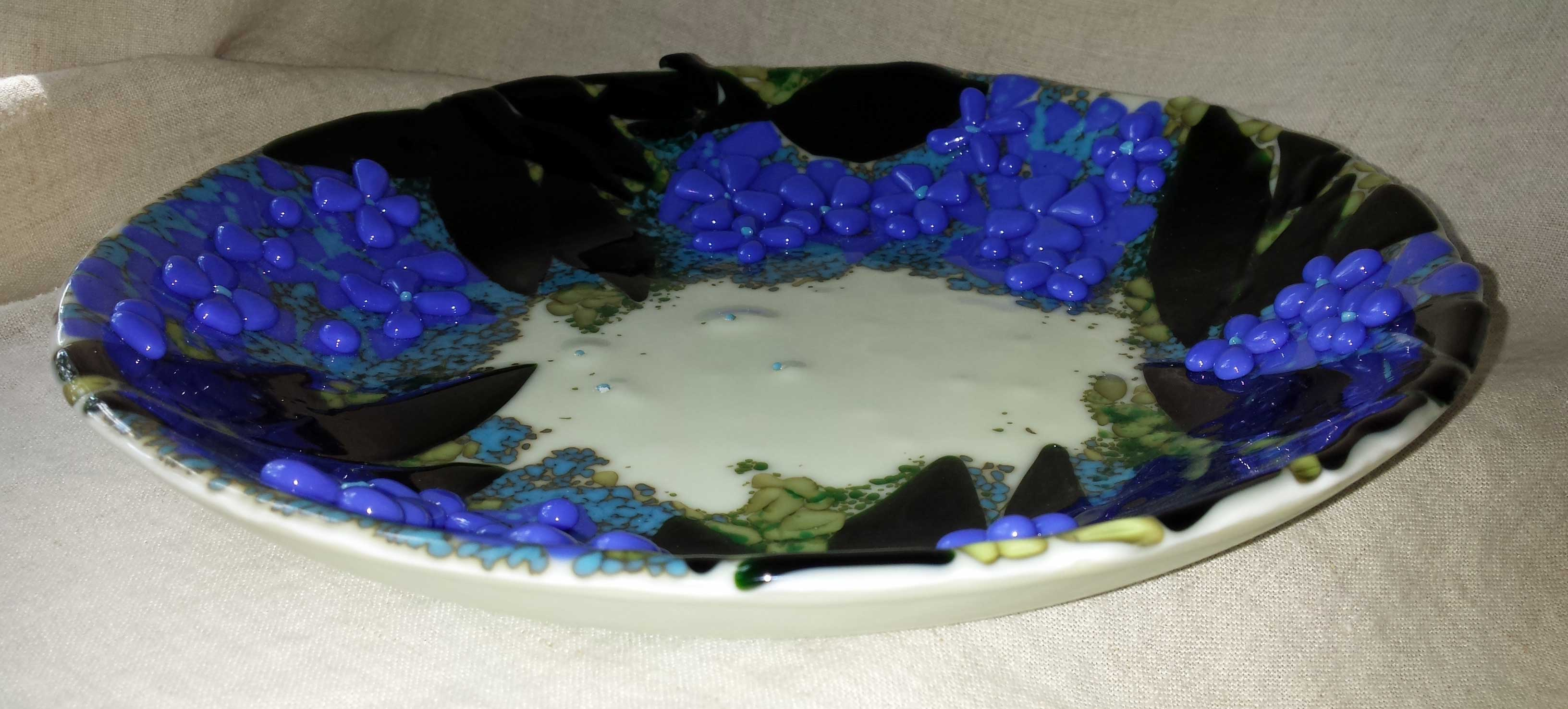 12 inch glass platter encircled by hydrangea